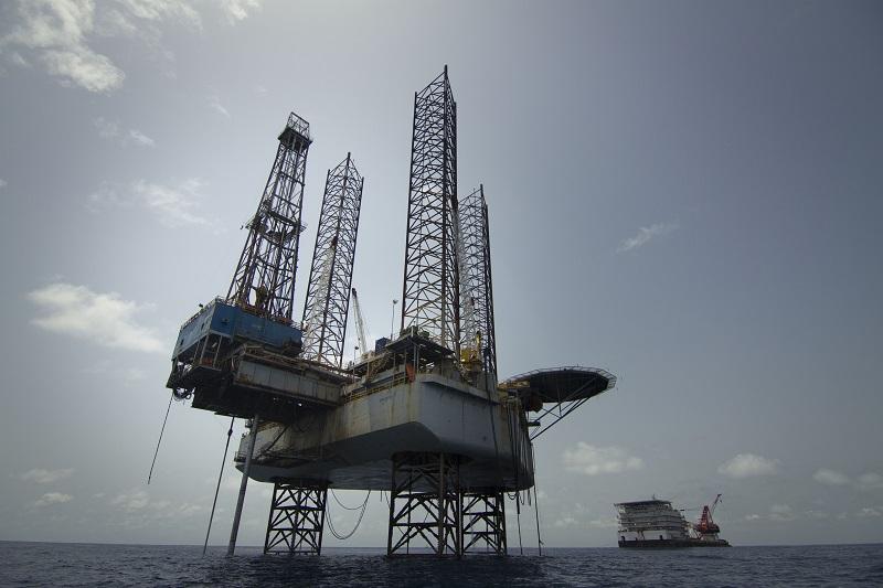 assistance-sous-marine-pour-GEOCEAN-pour-la-pose-de-pipelines-en-acier-la-connexion-des-pipelines-à-la-CBM-installation-du-PLEM-des-diffuseurs-CSP-… -et-LD-TRAVOCEAN-pour-la-pose-câble-énergie-de-54-km-pour-alimenter-le-CSP